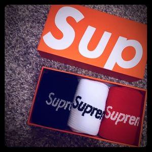 New Mens socks box set Supreme